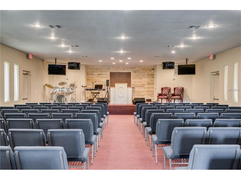 Nice Church Building And Banquet Hall In Leesburg