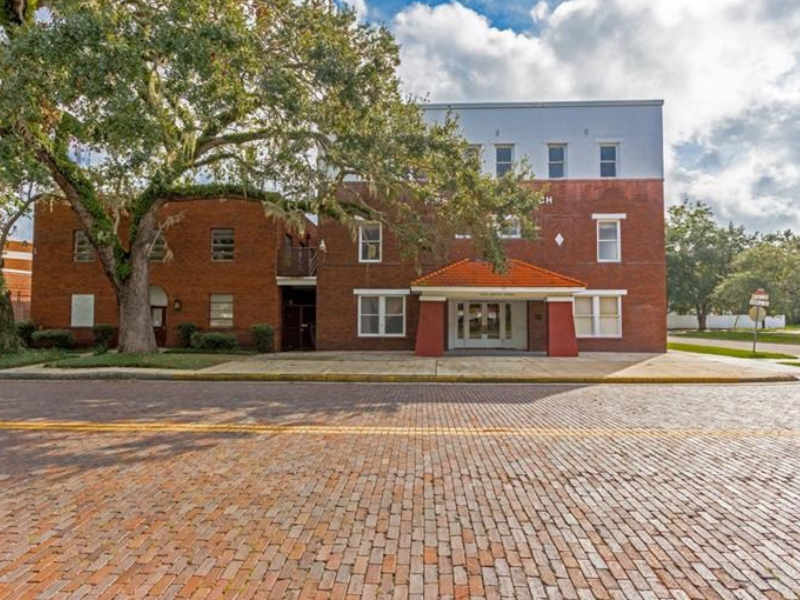 2 historic church buildings for sale in sanford fl 26 800 sq ft